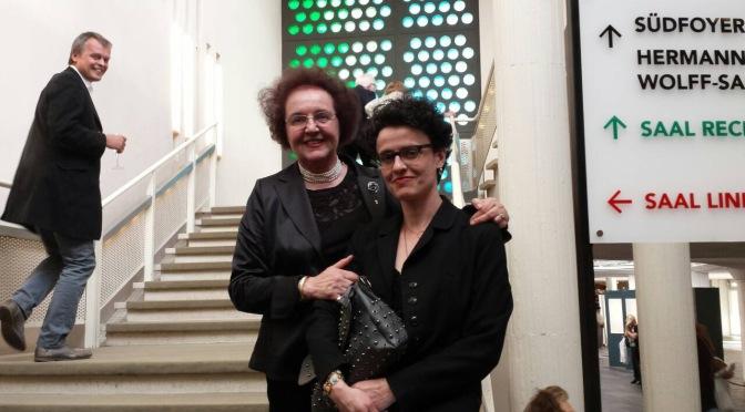 """Елка Бързакова: """"Ако операта разчита само на професионалистите, залите щяха да бъдат празни."""""""